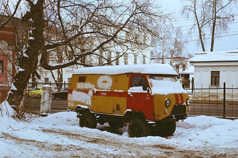 "Нижний Новгород, зима, ""Буханка"" на дежурстве"