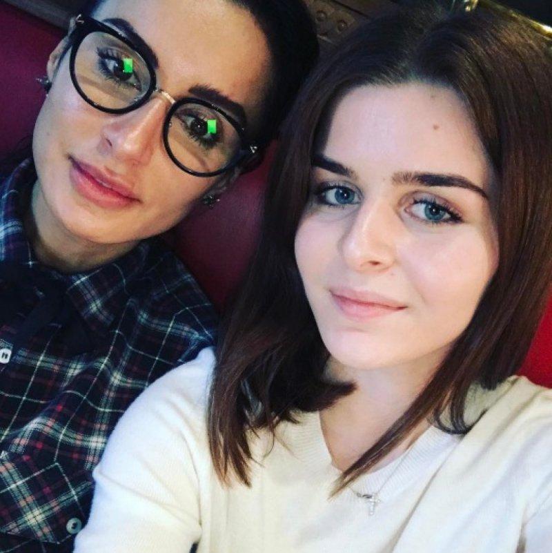 Тина Канделаки с дочкой