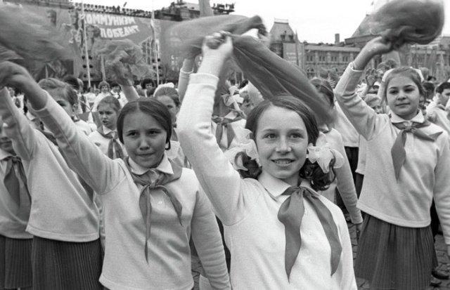"""25 атмосферных кадров из советского """"застоя"""""""