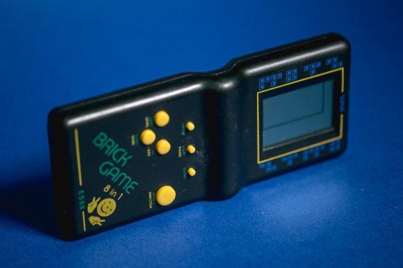 Особо продвинутые модели предлагали набор из 999 игр