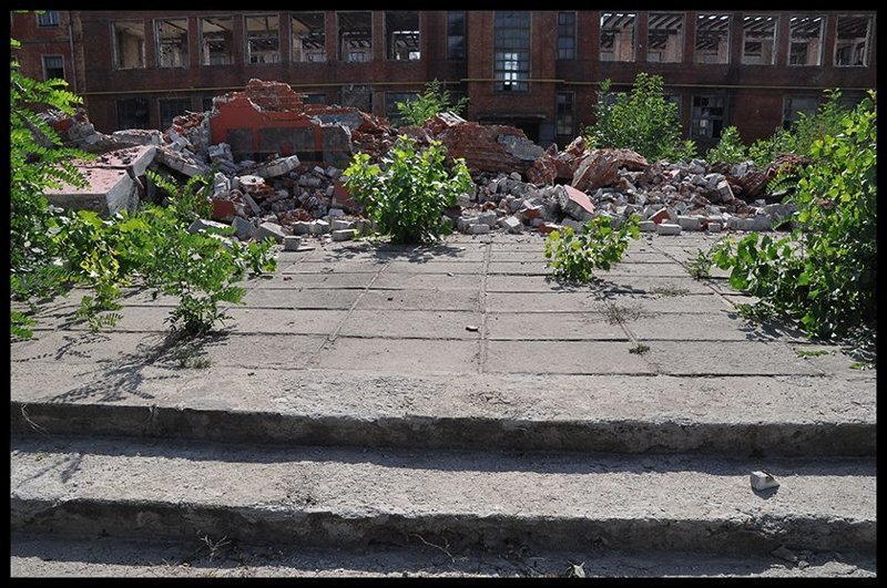 Памятник буквально сравняли с землей ВОВ, Великая отечественная война, вандализм, воронеж, памятник