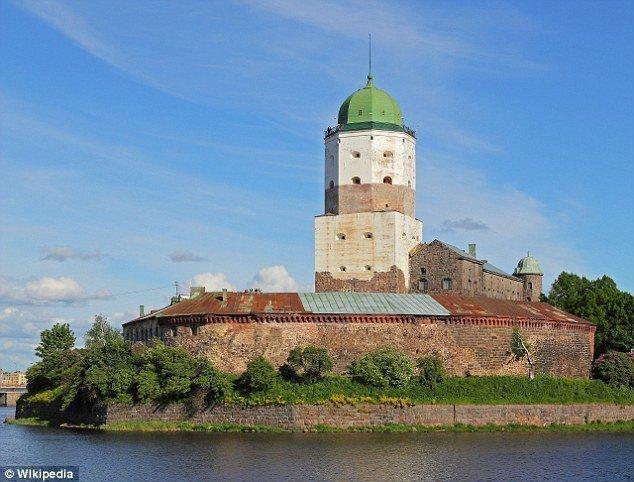 Игра престолов: Археологи обнаружили в Выборгском замке древние «Шашки»