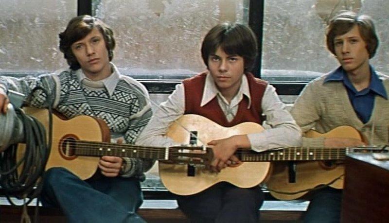Профессиональная карьера Меньшова пошла в гору в 70-х годах, он начал сниматься в советских кинолентах. Первая роль — в короткометражке «Счастливый Кукушкин».