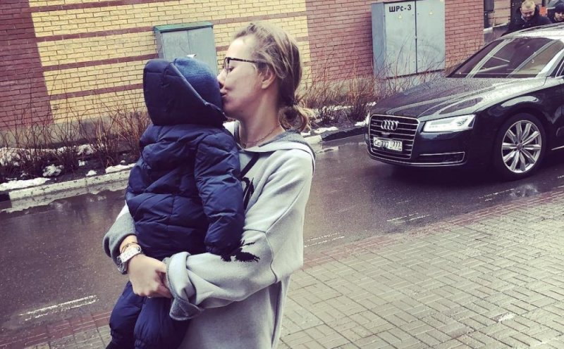 Пошла за вторым: Ксения Собчак станет мамой в квадрате
