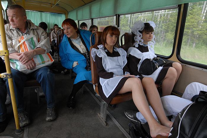 По словам Власова,  gap year существует во многих странах, большей частью более развитых, чем РФ. Во время такого свободного года ребята получают разнообразные скидки и льготы, в том числе на проезд в общественном транспорте.