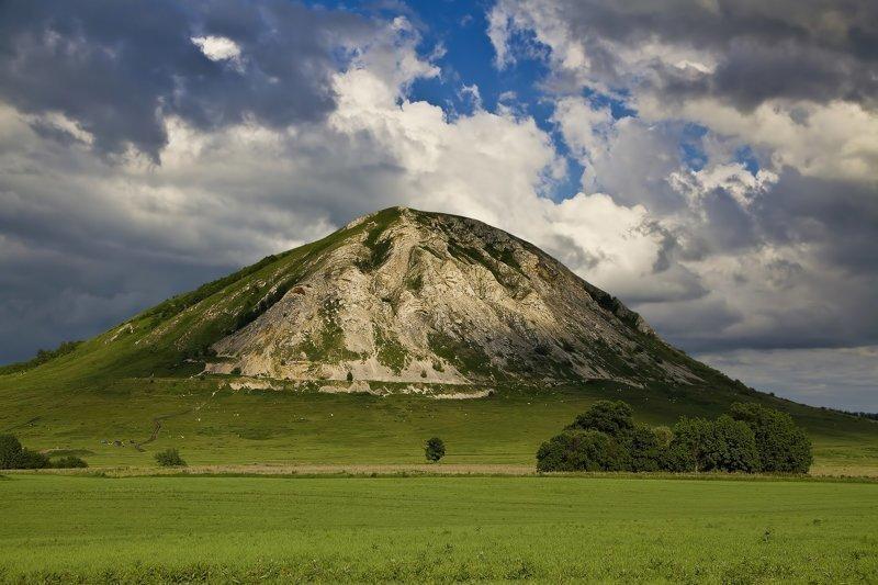 Горы Шиханы - символ Башкирии
