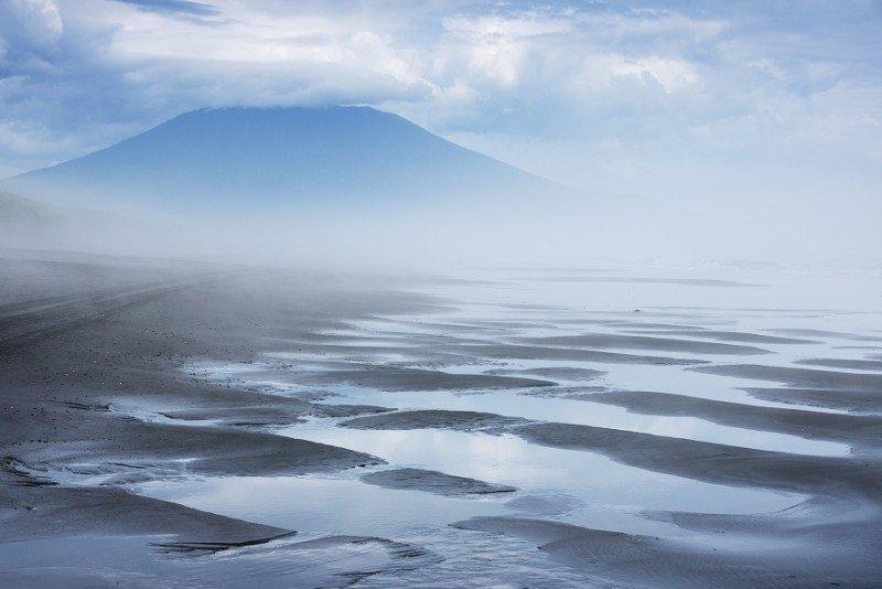Третий по красоте вулкан в мире - Тятя, Курильские острова