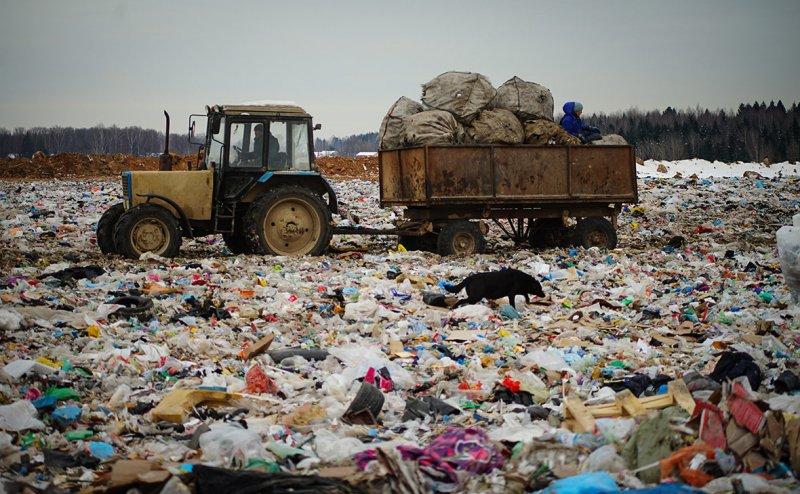 В качестве вторичного сырья используется только 3% отходов, это ничтожно мало...