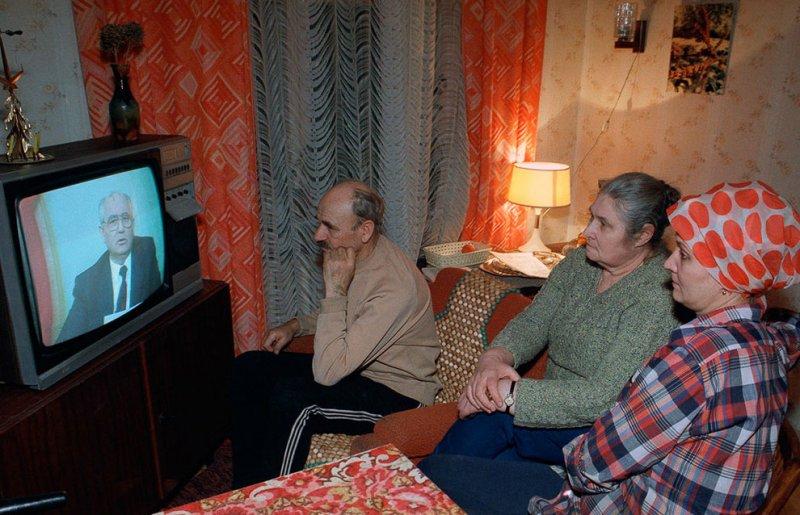 Новый год без денег и у телевизора. Обычная ситуация