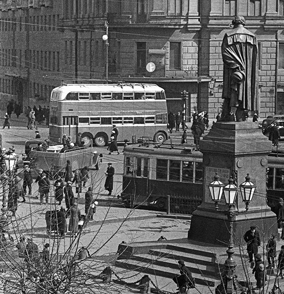 6 фактов об английском двухэтажном троллейбусе в Москве