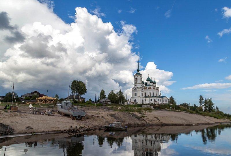 Сольвычегодск с населением 2,1 тысяча