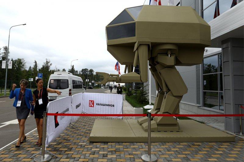 Как супергерои: Китайцы в восторге от российской военной экипировки