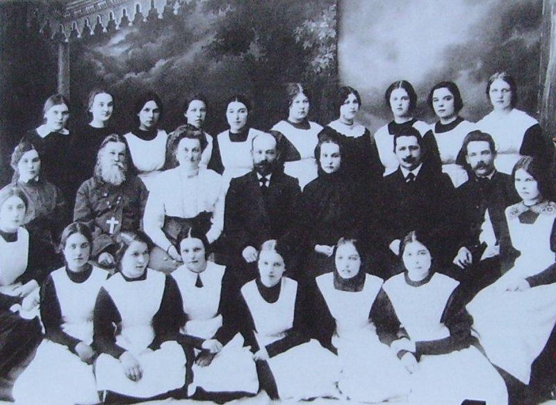 Институт благородных девиц по-сочински