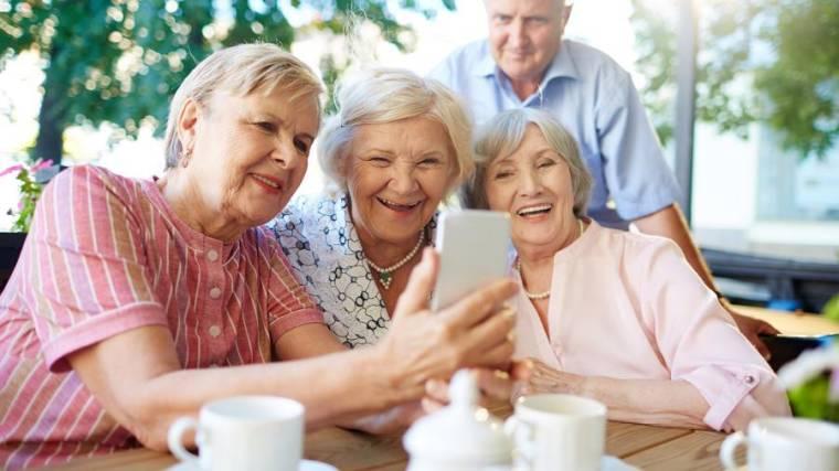 3. Молодежь уверена, что основным источником ее дохода в старости станут накопления. Причем в возрасте от 45 лет в этот факт готовы поверить лишь 9%