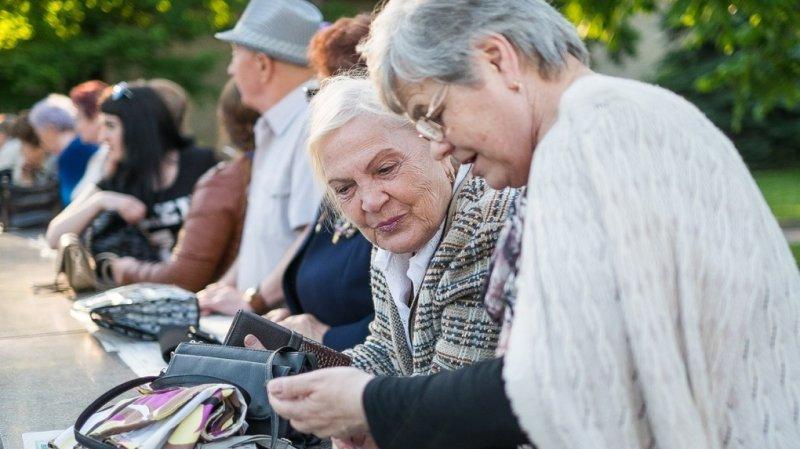 4. Запросы мужчин по уровню пенсии в среднем выше, чем женские. На целых 3 тысячи рублей.