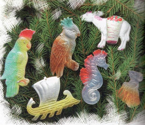 Как и эти картинки из прессованного картона елочные игрушки, новый год, ностальгия, ссср, стеклянные шары