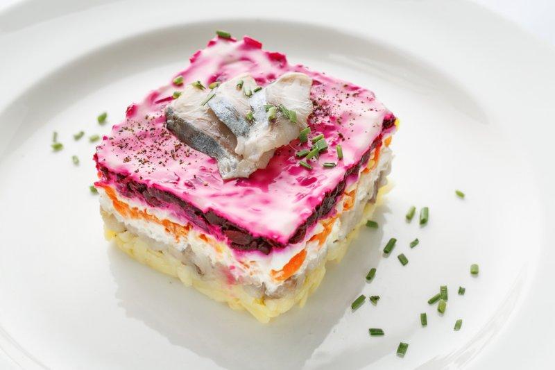 «Селедка под шубой» - салат с революционным прошлым!