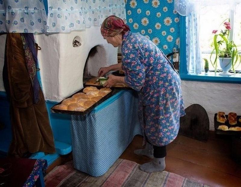 Бабушка уже потрудилась деревня, детство, жизнь, ностальгия, период, русская деревня