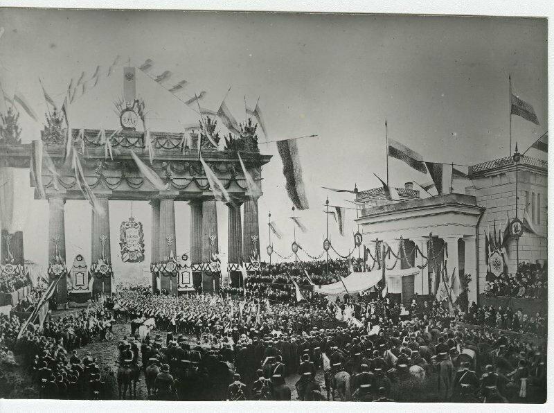 Встреча русских гвардейских войск у Московских ворот в Санкт-Петербурге, 1878 год