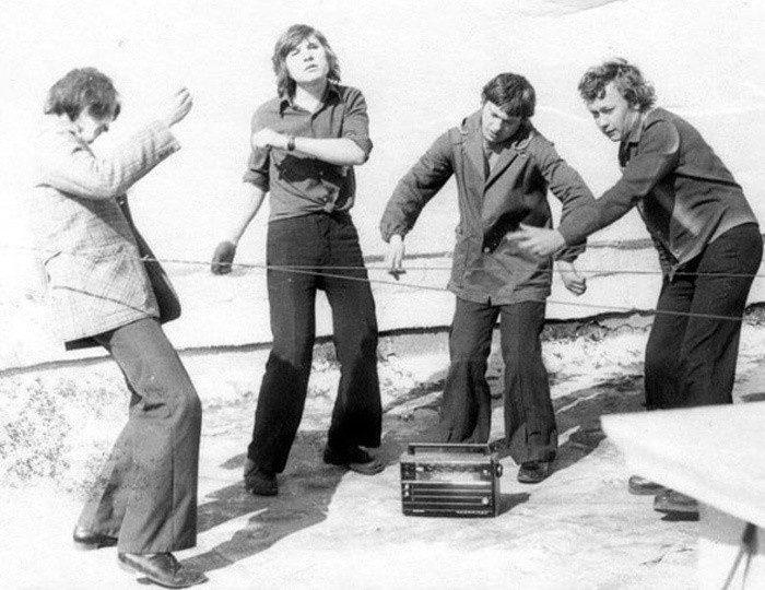 Хиппи-мода в СССР: да здравствуют брюки клеш СССР. джинсы, мода, студенты, хиппи