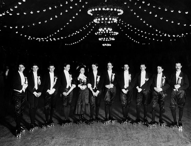 Роллер-ринг на благотворительном базаре, 3 декабря 1911 года Карл Булла, дореволюционная Россия, история, фотография