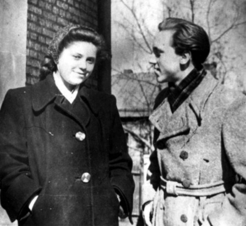 Светлана Закурдаева и Владимир Высоцкий на Большом Каретном