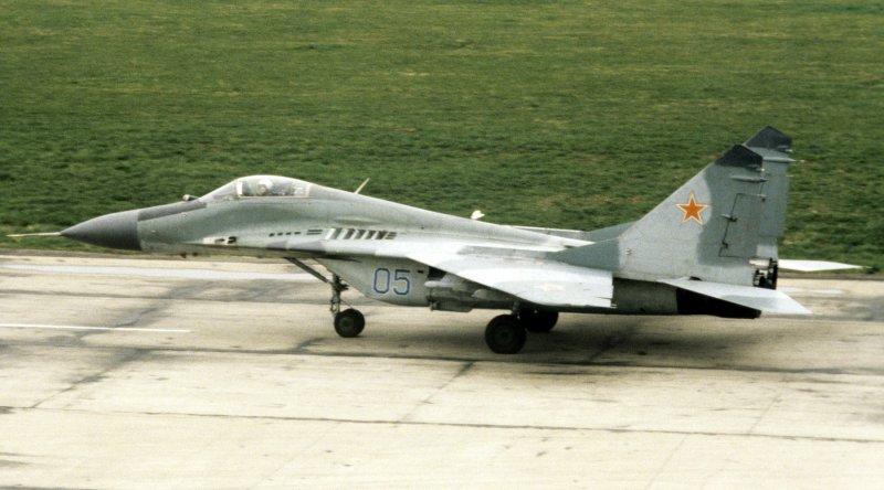"""МиГ-29 - """"точка опоры"""" истребитель, опора, полет, ссср, точка"""