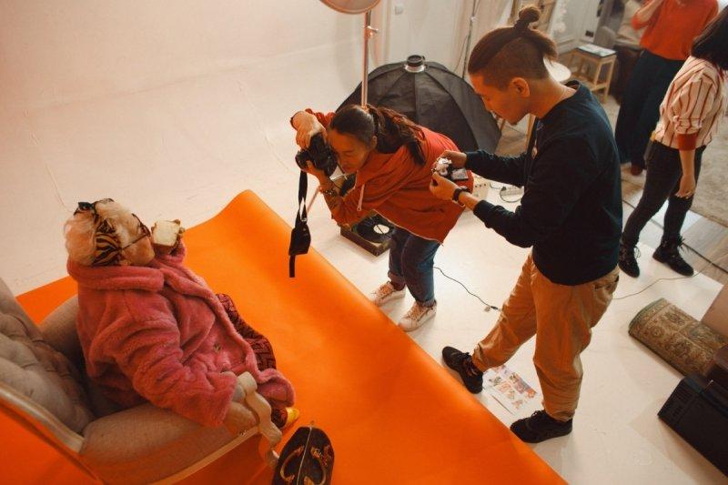 В Якутске креативно разрекламировали местный хлебозавод бабушки, вдохновение. модели, креатив, реклама, слоган, фотосессия, хлеб, хлебозавод, якутск