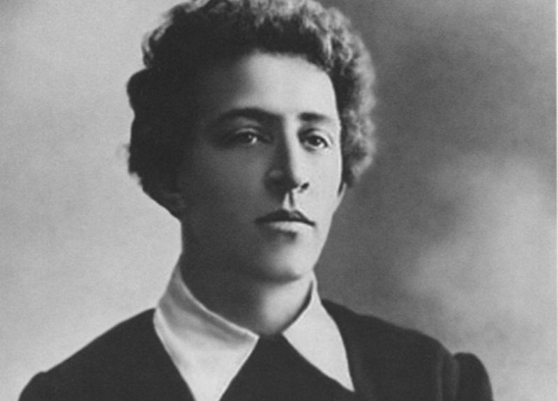 Почему Александр Блок хотел уничтожить поэму «Двенадцать»?
