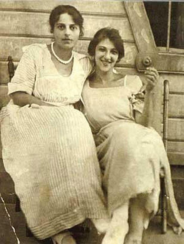 Бон-филе: как сестра Фаины Раневской очаровала советских людей