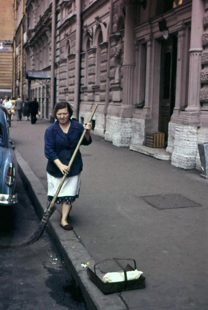 Не составило труда и прогуляться по чистым улочкам