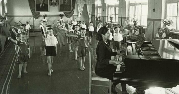 Гимнастика в детском саду. Ростов-на-Дону, 1948 год