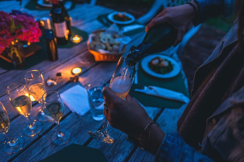 Раскрыты алкогольные пристрастия россиян в отпуске