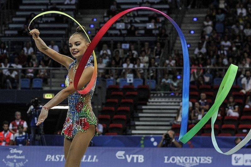 Российские гимнастки получили награды в Чехии под гимн СССР