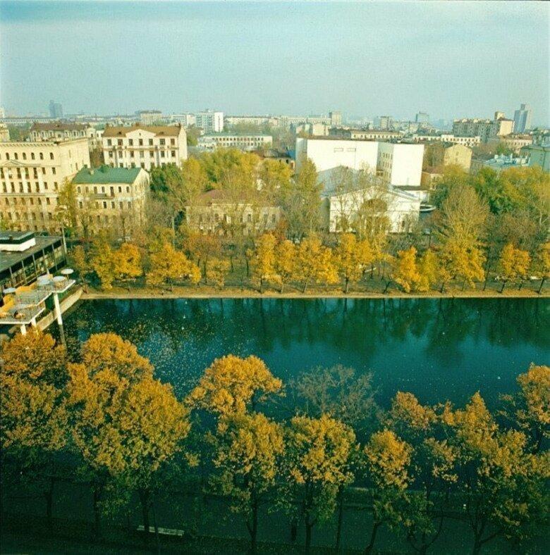 На Чистых прудах в Москве, 1983 год