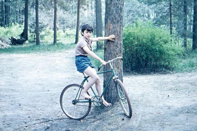 """Советское детство: свобода на """"велике""""  велосипед, детство, советское, ссср"""