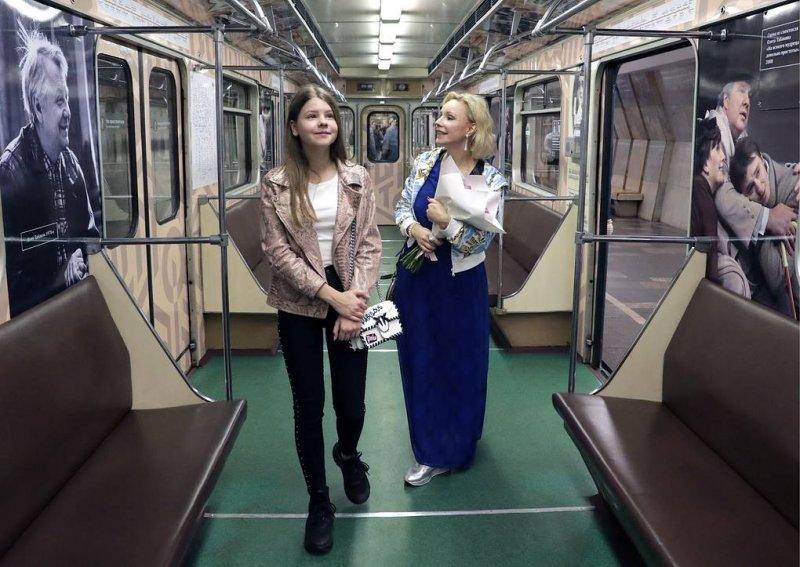 В столичном метро курсирует тематический поезд
