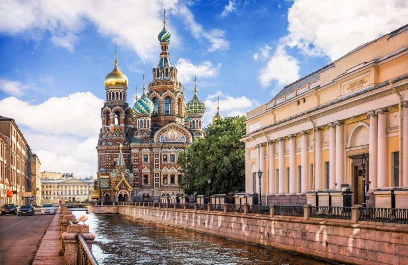 В поисках лучшей жизни: в какие российские города стремится переехать молодежь