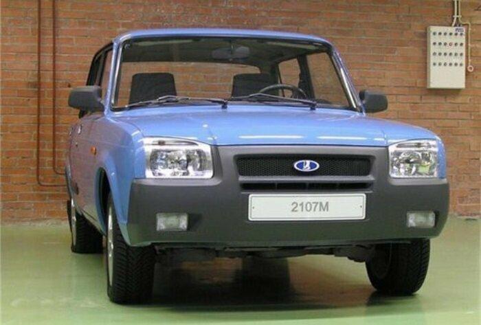 ВАЗ-2107М, показанный в 2002 году