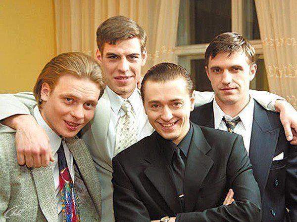 """Спустя время: как сейчас выглядят актеры из сериала """"Бригада"""""""