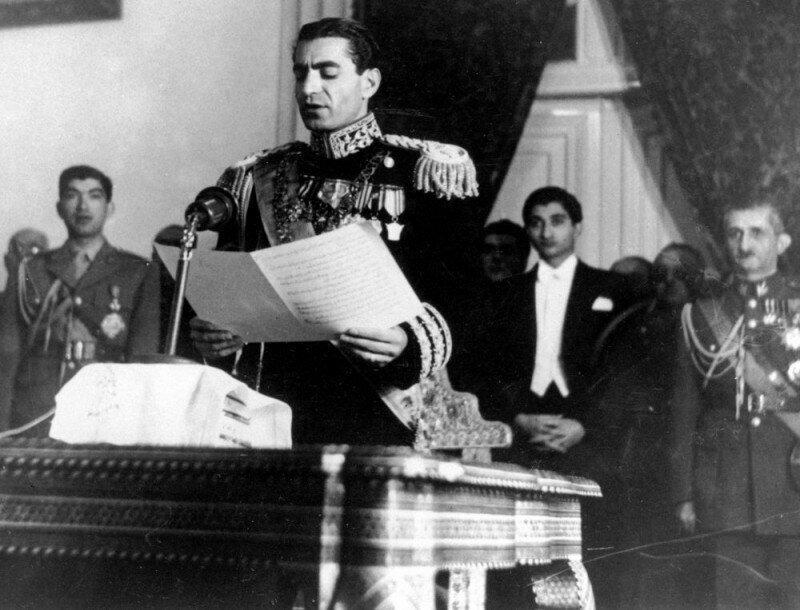 Как Сталин поразил иранского шаха?