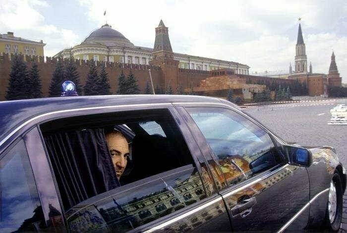Бронированный автомобиль Mercedes W140 Бориса Березовского