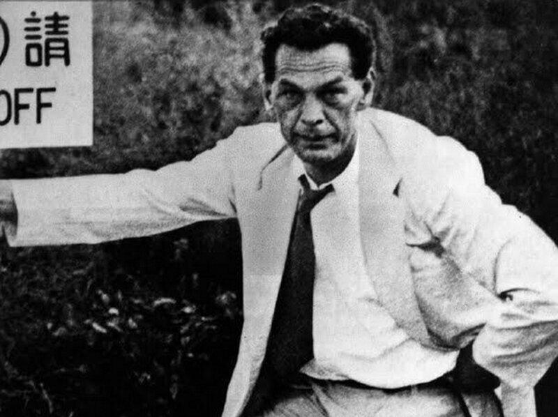 Почему в СССР много лет открещивались от разведчика Зорге?