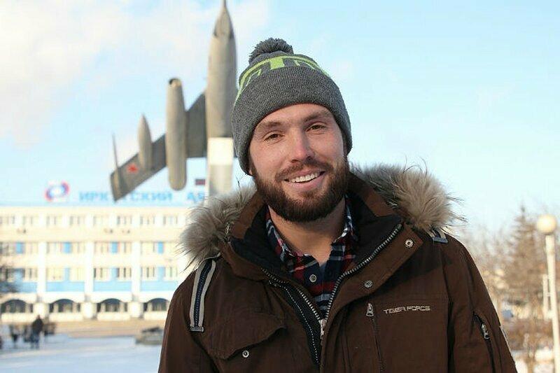 Сибиряк устроил погоню за педофилом, похитившим ребенка