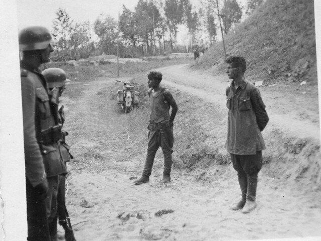 """""""Русские солдаты совсем не боялись нас"""": воспоминания немецкого офицера о мужестве двух советских пограничников"""