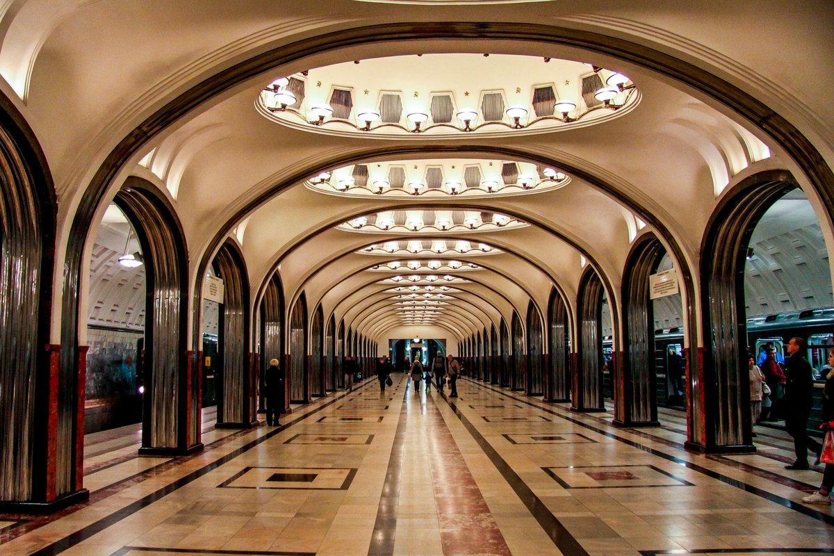 А вы знали, что российское метро самое красивое в мире?