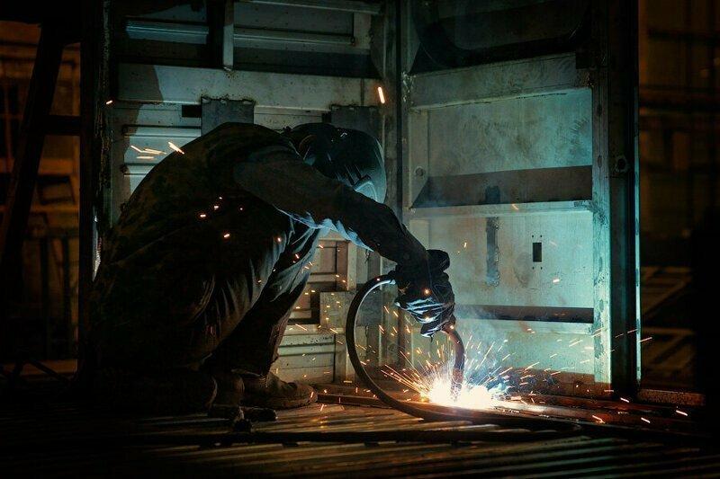 Редкие снимки с действующих заводов России