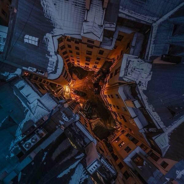 Замкнутая архитектура: петербургские дворы-колодцы