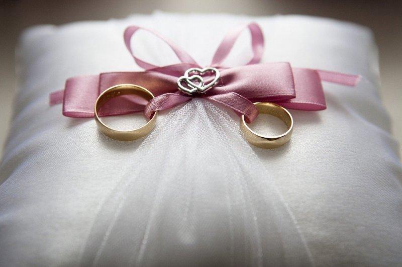 Любовь после гроба: россиянка пытается выйти замуж за мертвеца