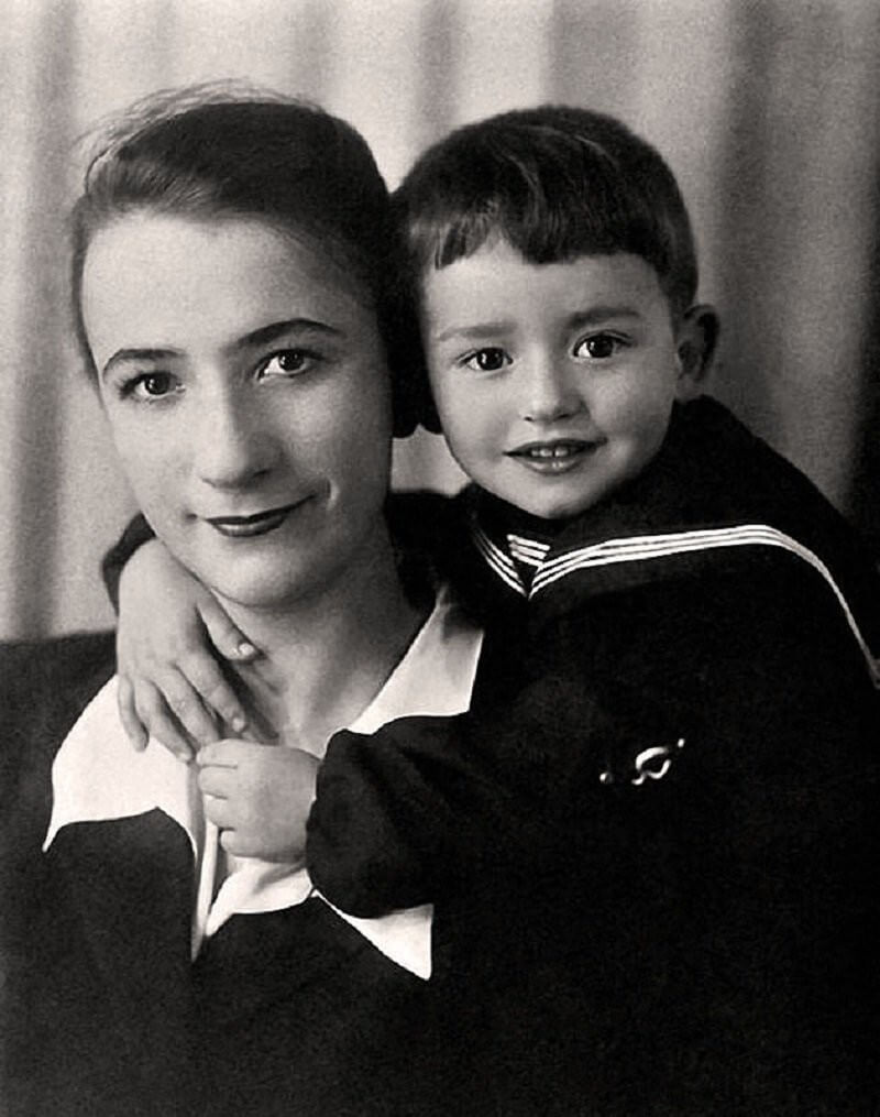 Александр Градский с мамой